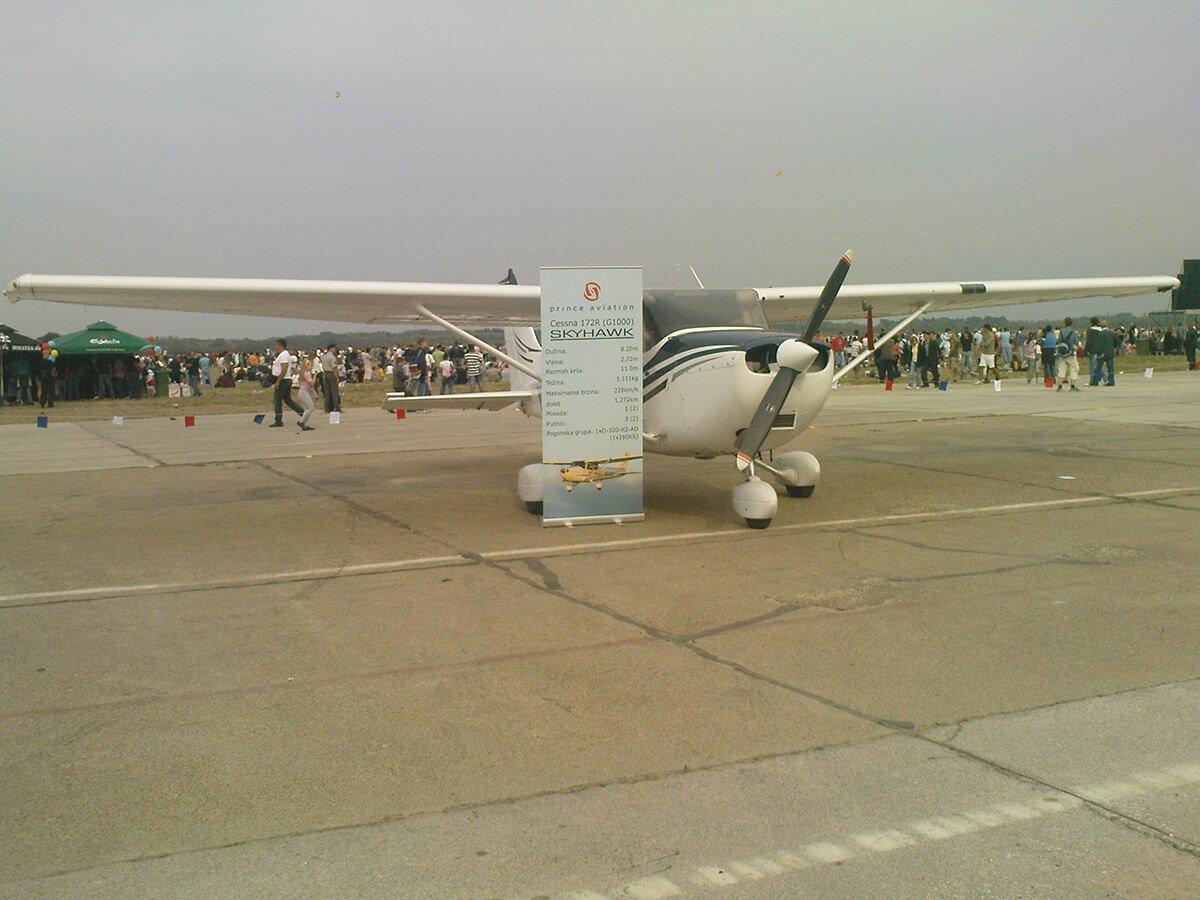 Aeromiting Batajnica 2009 Cessna 172R  Skyhawk