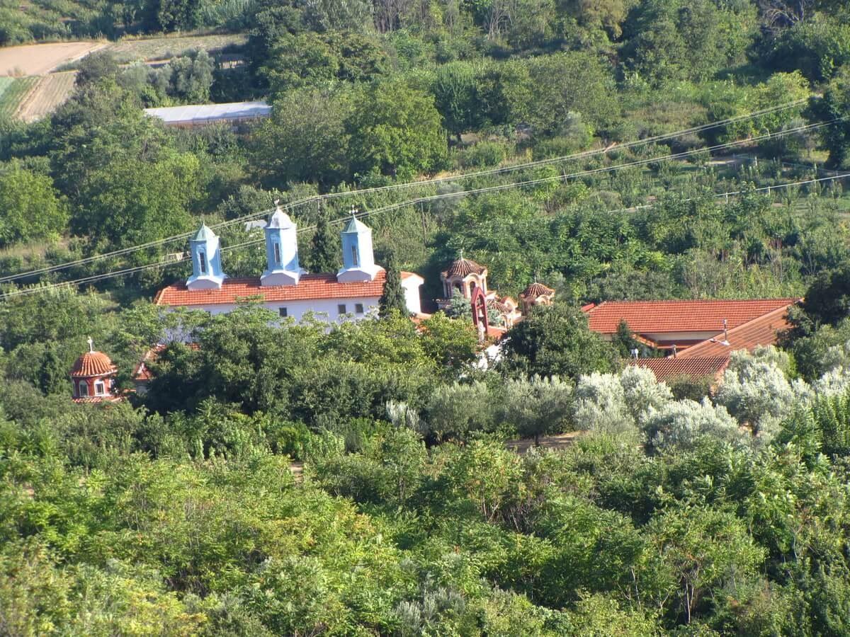 Edesa - Manastir Svetog Trojstva