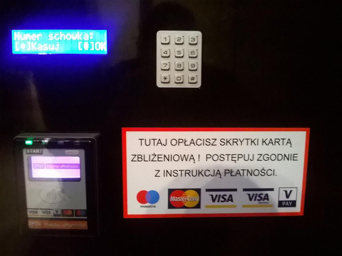 Katowice Railway station lockers credit card