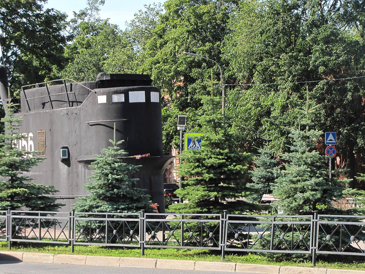 Kronštat - Spomenik baltičkim podmorničarima