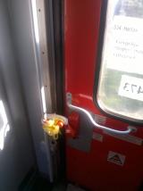 Train_Belgrade-Thessaloniki_door1