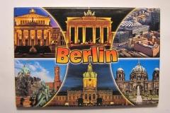 Souvenir_magnet_Berlin