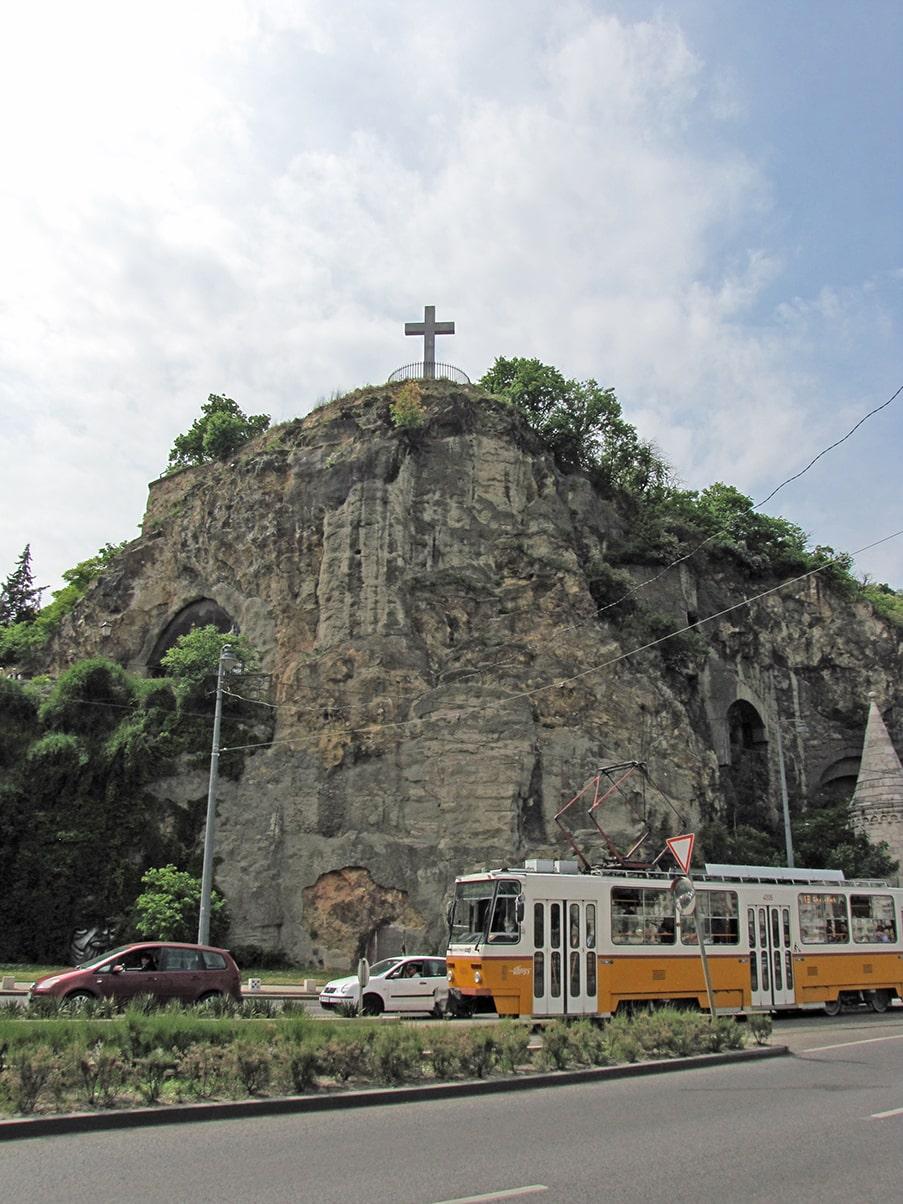 Crkva u pećini