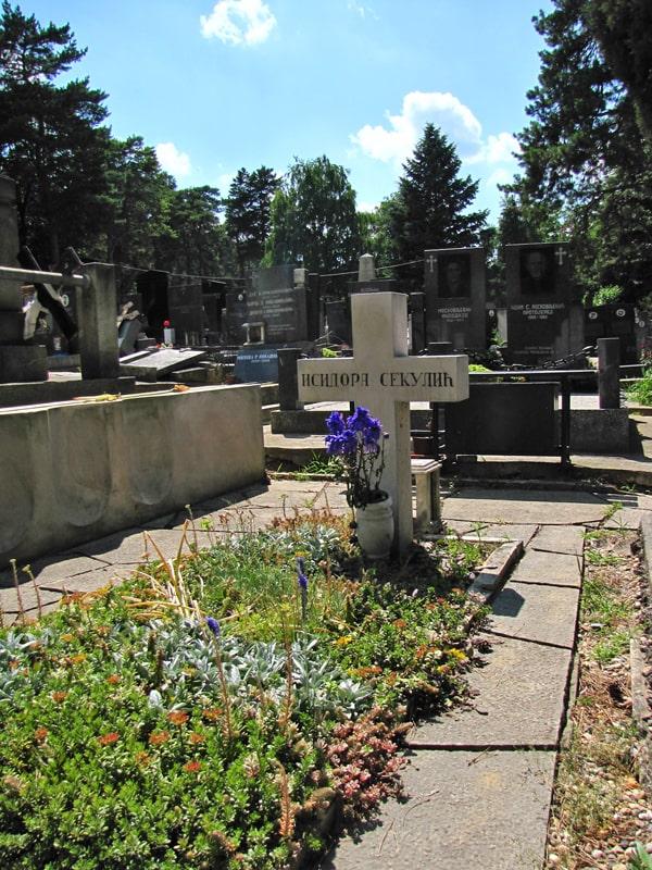 Grob Isidore Sekulić