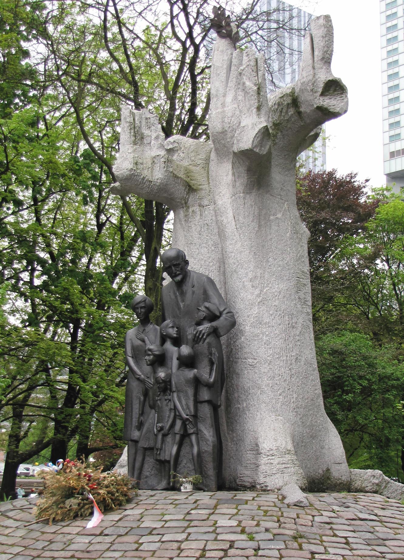 Warsaw, Janusz Korczak monument