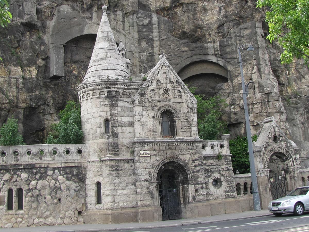 Ulaz u Pavlinski manastir
